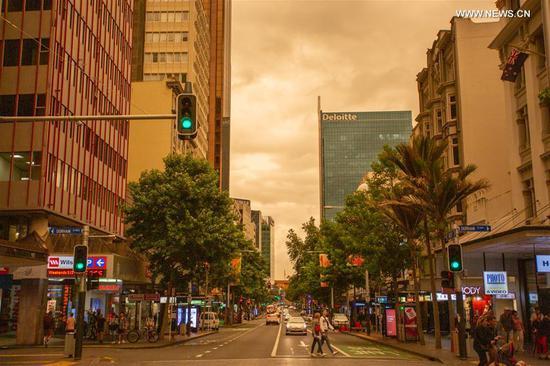 Bushfire smoke from Australia covers sky of New Zealand's Auckland