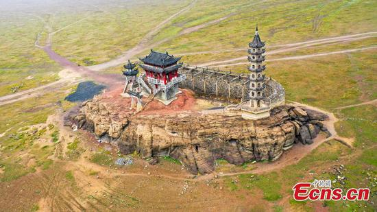 Historic islet high and dry in China's largest lake