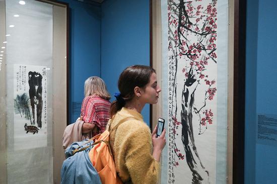 雅典齐白石艺术展展现东方精神