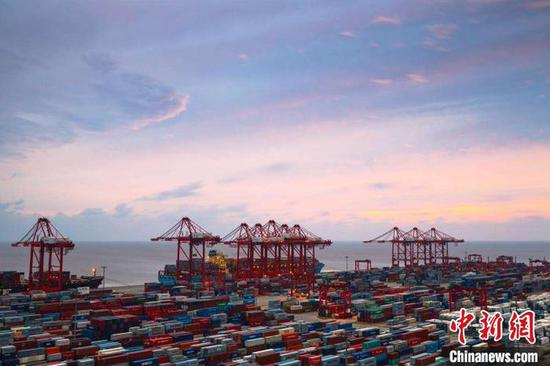 ASEAN rises to be China's 2nd biggest trading partner