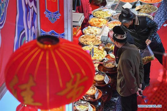 Shopping fair held to greet upcoming Spring Festival in Changsha, Hunan