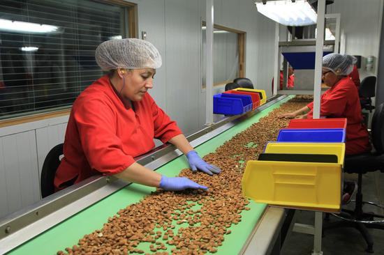 More U.S. agricultural products on way