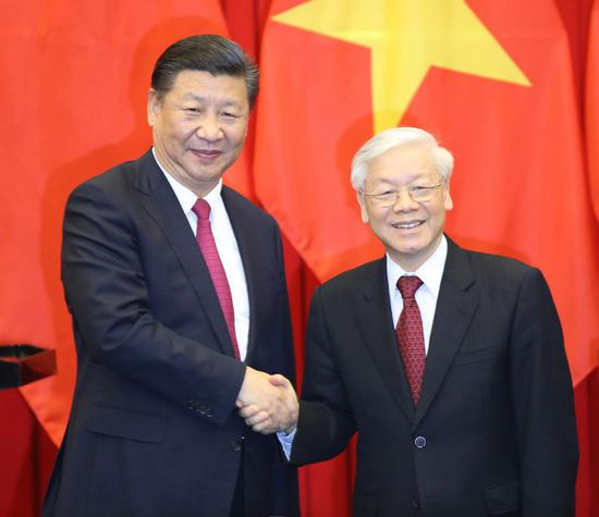 Chinese, Vietnamese leaders agree to further promote bilateral ties