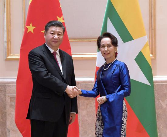 Chinese President Xi Jinping meets with Myanmar State Counsellor Aung San Suu Kyi after attending a grand welcome ceremony hosted by Myanmar President U Win Myint at the presidential palace in Nay Pyi Taw, Myanmar, Jan. 17, 2020. Aung San Suu Kyi came to the presidential palace to extend her warm greetings to Xi. (Xinhua/Rao Aimin)