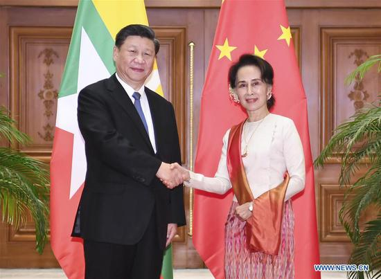 Chinese President Xi Jinping holds formal talks with Myanmar State Counsellor Aung San Suu Kyi in Nay Pyi Taw, Myanmar, Jan. 18, 2020. (Xinhua/Xie Huanchi)