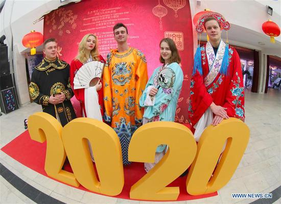 World gets into mode of Spring Festival celebration (I)