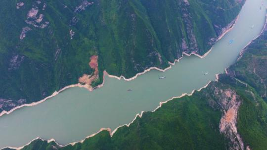 Photo taken on May 23, 2018 shows the scenery of Qutang gorge in Southwest China's Chongqing municipality, May 23, 2018. Qutang is one of the Three Gorges (Qutang, Wuxia and Xiling gorges), which extend for about 200 kilometers on the upper and middle reaches of the Yangtze River, the longest in China. (Photo/Xinhua)