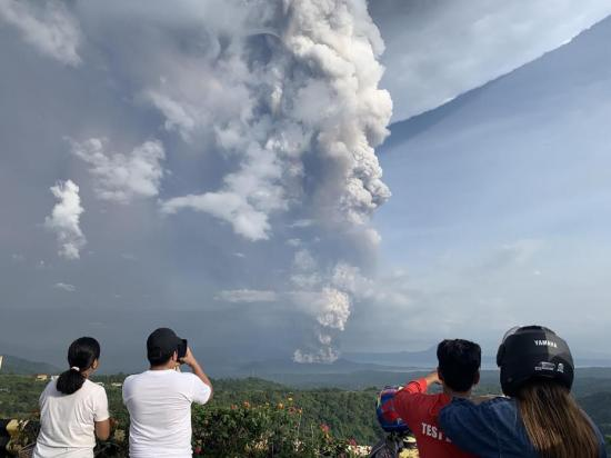 Philippines' Taal Volcano alert level lowered to alert level 3