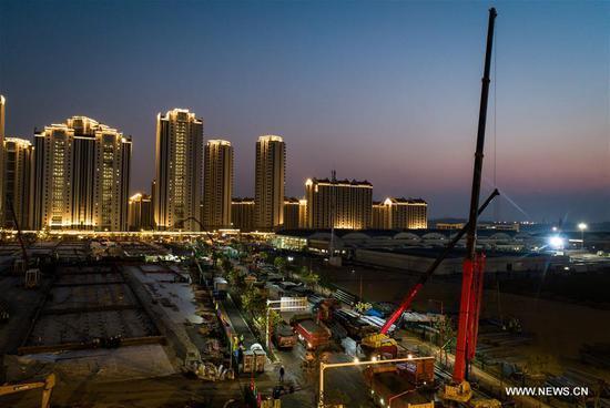 武汉正在建设两家新型冠状病毒治疗医院