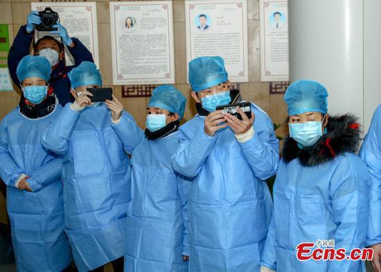 湖北省18例新型冠状病毒感染患者patients愈出院
