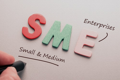 Gov't unveils policies to aid outbreak-hit SMEs