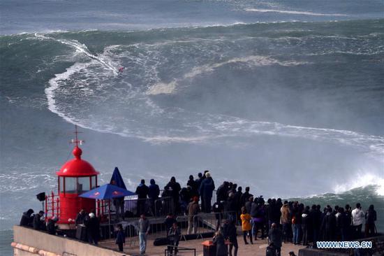 葡萄牙Nazare拖曳冲浪挑战赛的亮点