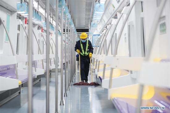 Shanghai Metro increases frequency of cleaning, isinfection in carriages