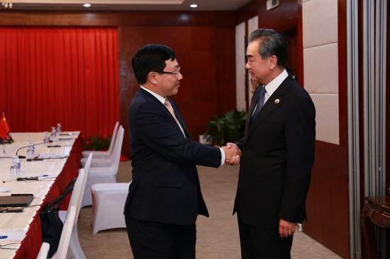 China, Vietnam vow to promote ties, jointly advance Lancang-Mekong cooperation