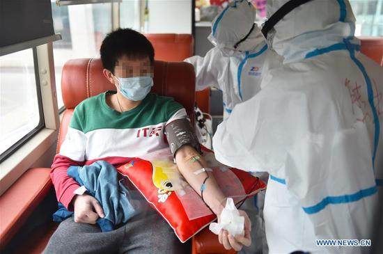 China puts 245 COVID-19 patients on convalescent plasma therapy