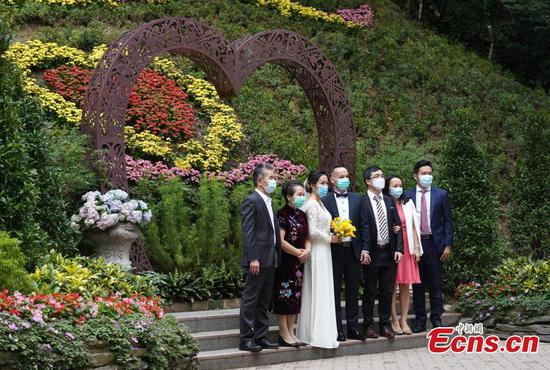 Public gatherings at weddings limited to 20 in Hong Kong