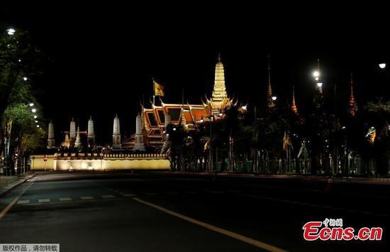 泰国对全国实行宵禁以遏制冠状病毒