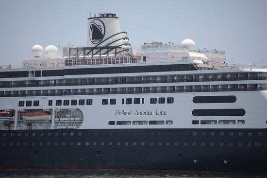 Coronavirus-stricken cruise ships allowed to dock at Florida shores