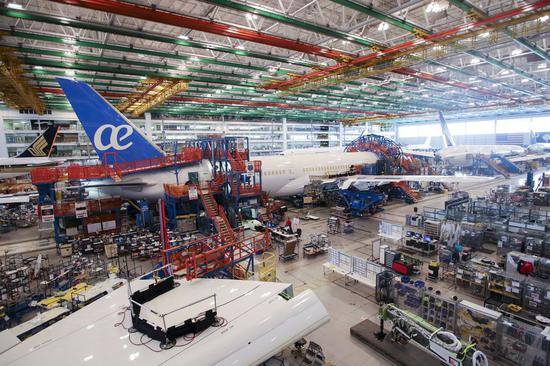 Photo taken on Jan. 26, 2018 shows interior of the final assembly building in Boeing South Carolina in North Charleston, South Carolina of the United States. (Xinhua/Wang Ying)