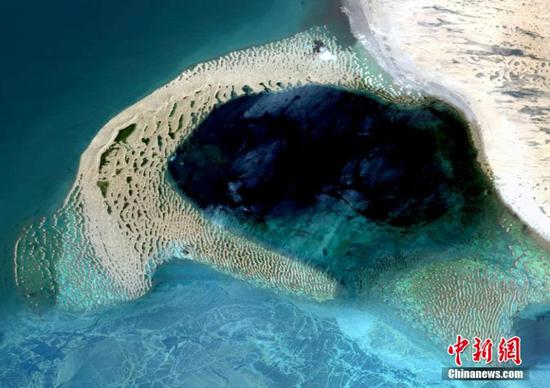 卫星图像显示青海的自然杰作