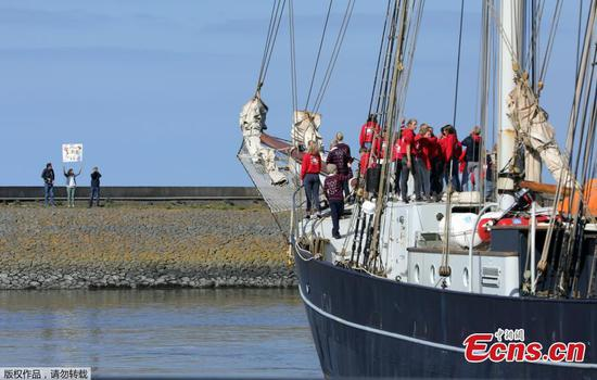 Dutch students sail home across the Atlantic due to coronavirus