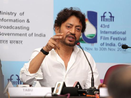 File Photo: Irrfan Khan, actor of director Ang Lee's film Life of Pi, answers questions during a press conference in Media Center of the 43rd International Film Festival of India in Panaji, capital city of coastal Goa State, India, Nov. 21, 2012. (Xinhua/Li Yigang)