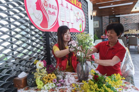 Flower sales blossom before Mother's Day