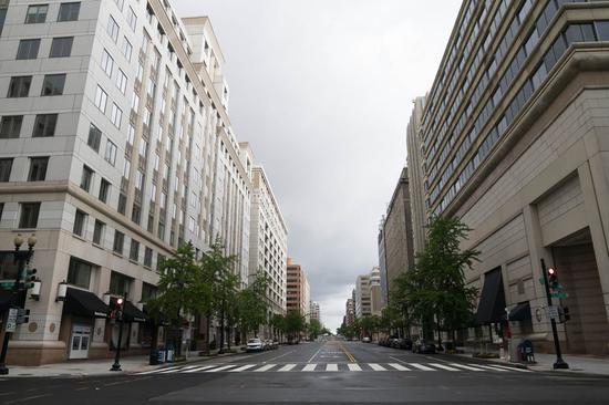 Photo taken on May 6, 2020 shows an empty street in Washington D.C., the United States. (Xinhua/Liu Jie)
