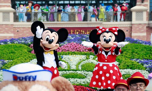 Shanghai Disneyland reopens with controlled capacity