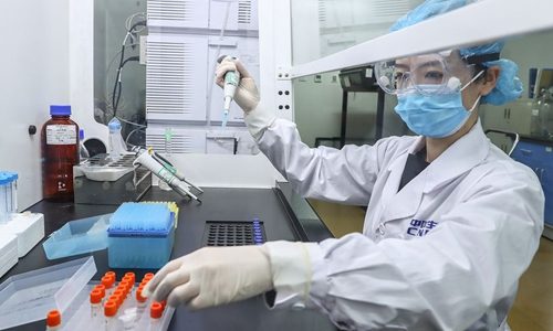 Chinese scientists discover human monoclonal antibodies block COVID-19 infection