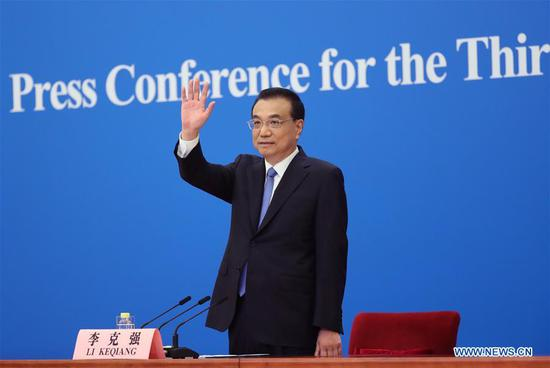 Chinese premier meets press after annual legislative session