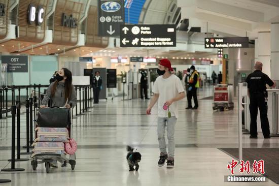 Canada to introduce mandatory temperature checks at airports