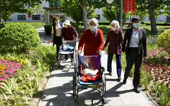 Beijing's nursing homes maintain zero COVID-19 infections
