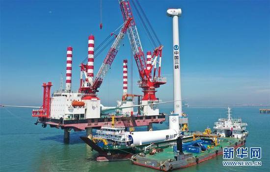China's self-developed 10-MW offshore wind turbine starts operation