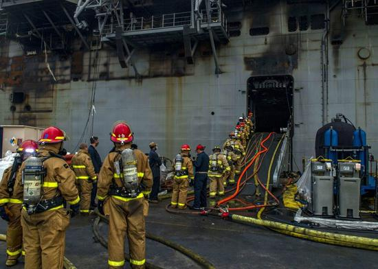 Blaze continues on U.S. Navy ship in San Diego for fourth day