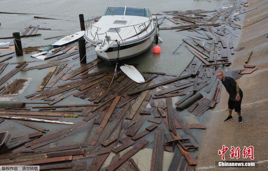热带风暴汉娜在美国造成洪水和电力中断