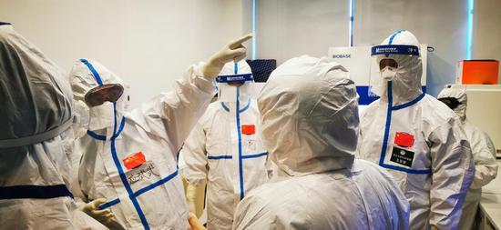 Chinese medics assist Azerbaijan to combat COVID-19 pandemic
