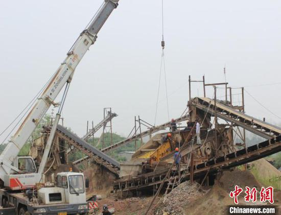 China's resource tax law to take effect Tuesday