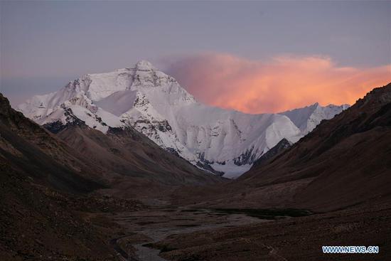 珠穆朗玛峰的风景