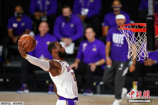 Lakers win NBA Finals for first time in 10 years