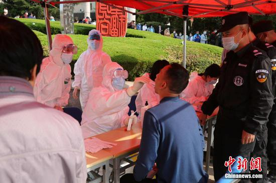Qingdao to test all residents for coronavirus in five days
