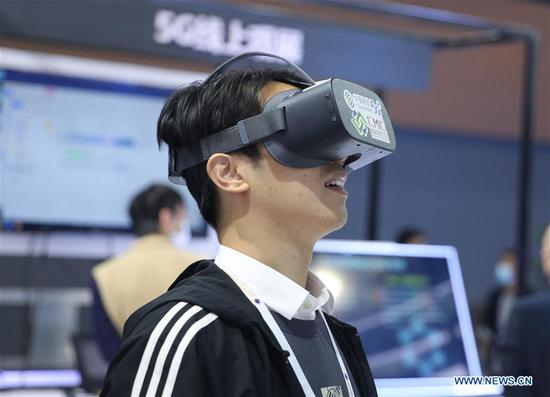 Virtual reality getting more real as industry grows