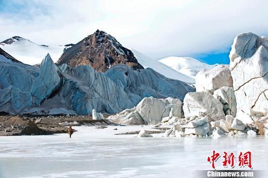 China launches new glacier research on Qinghai-Tibet Plateau