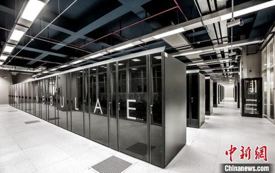 Shenzhen introduces E-class supercomputer to research center