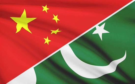 Pakistani president, PM meet Chinese defense minister
