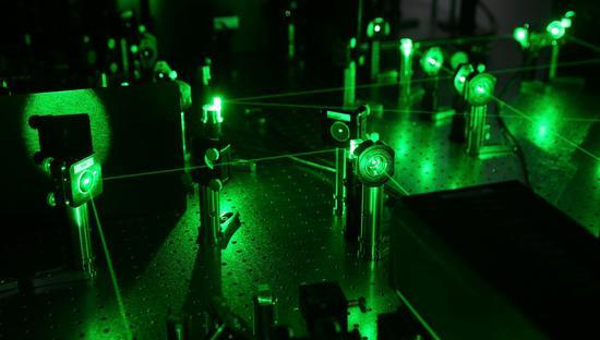中国科学家获得量子计算优势