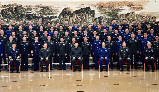 习近平会见思想政治教育军事大会代表