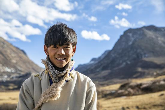 Young Tibetan becomes new face of idyllic rural life