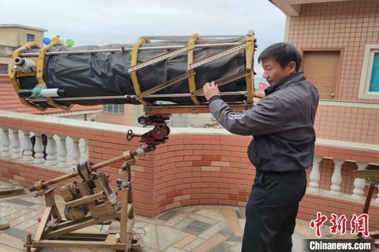 天文爱好者手工望远镜多年