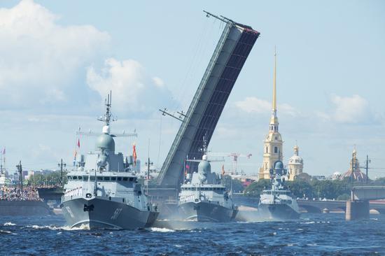 俄罗斯海军十年来首次与北约国家进行演习